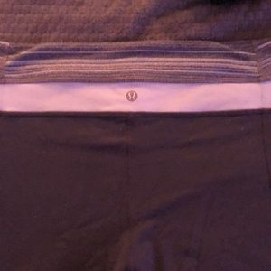 Crop wide leg Lululemon pants (reversible )